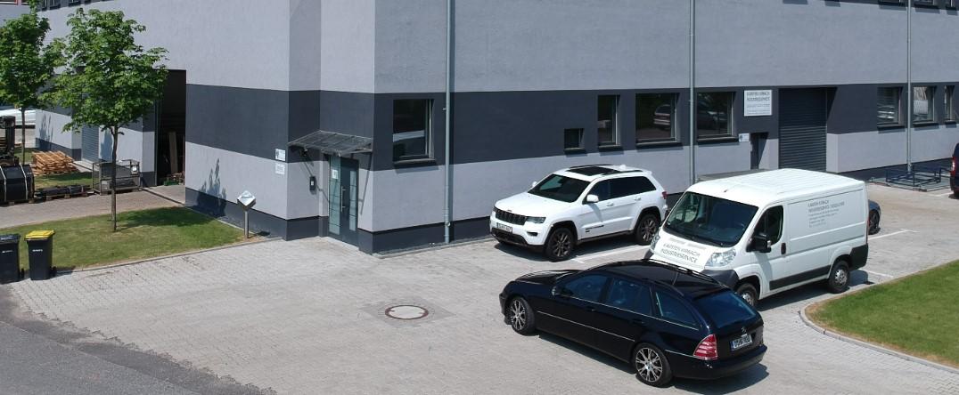 Karsten Kirbach Industrieservice Tichauer Weg 22-24 40231 Düsseldorf Tel. +49211/ 23940547
